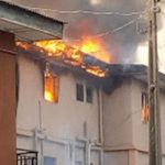 BREAKING: Fire Guts Building In Amuwo Odofin