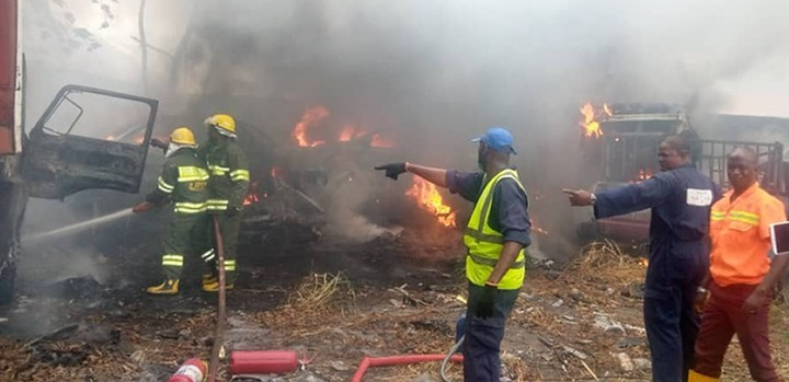 http://breaking-fire-breaks-out-in-lastma-yard-guts-11-impounded-vehicles/